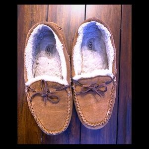 Ugg Dakota Moccasin Slipper Size 11 W Tan Brown